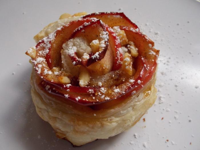 apple rosette.jpg