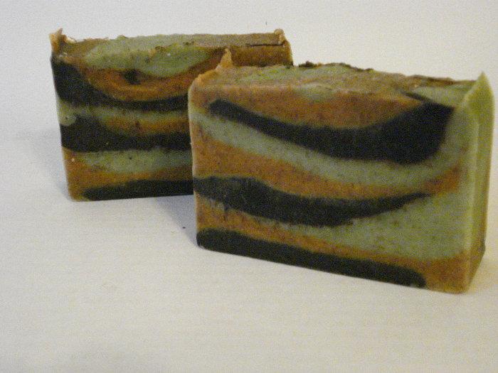 Olive Oil w coco powder-turmeric-nettle leaf.JPG