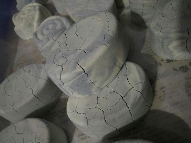 saltsoap_cracks.jpg
